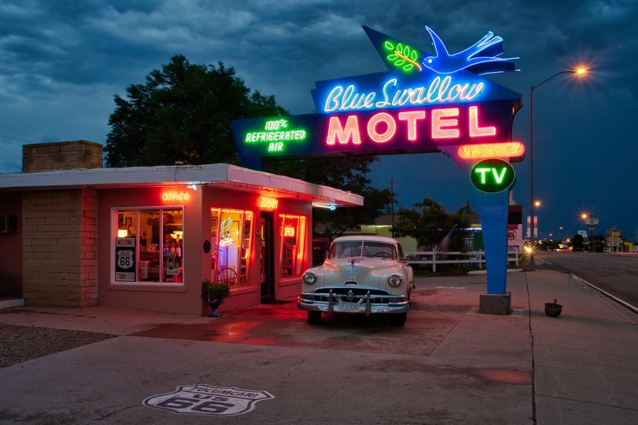Route 66: Il Blue Swallow Motel.