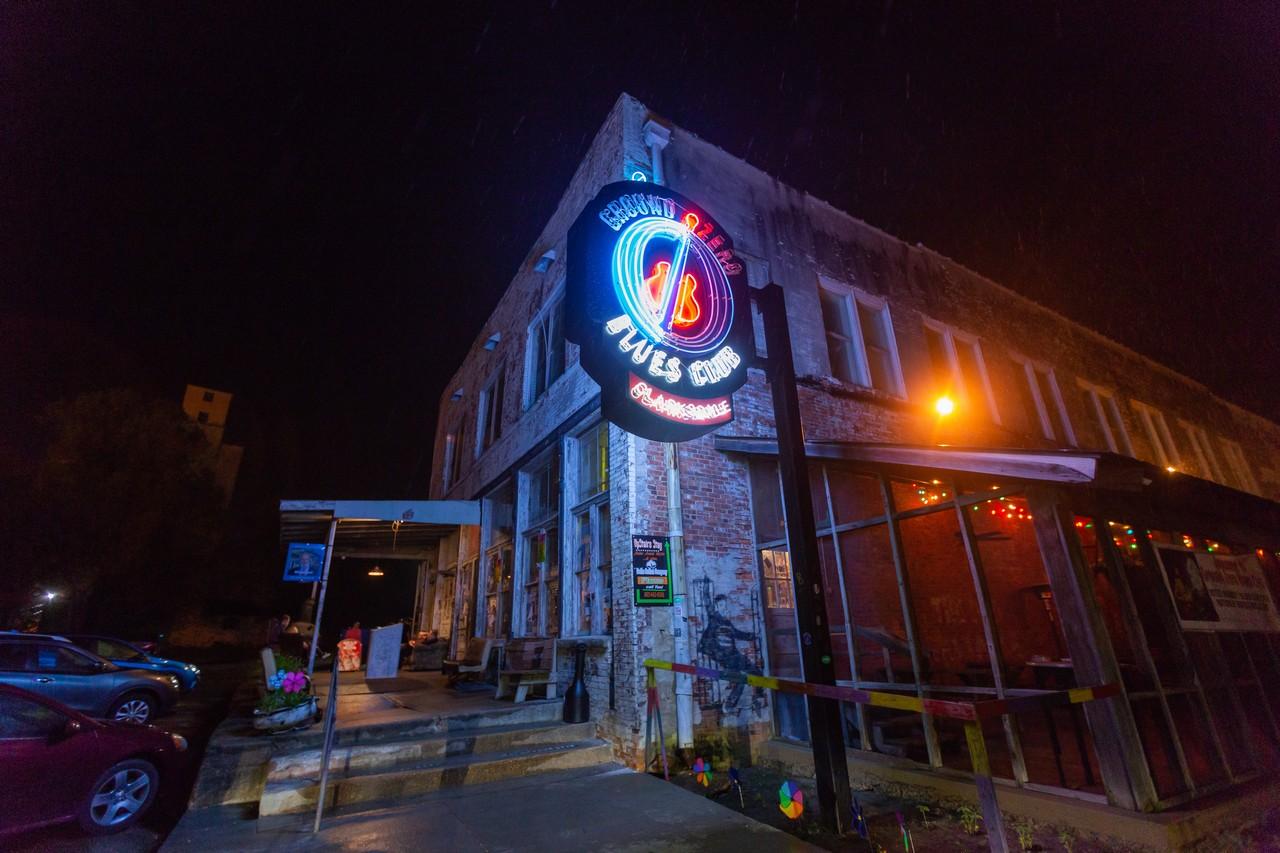 Il Ground Zero Blues Club di notte